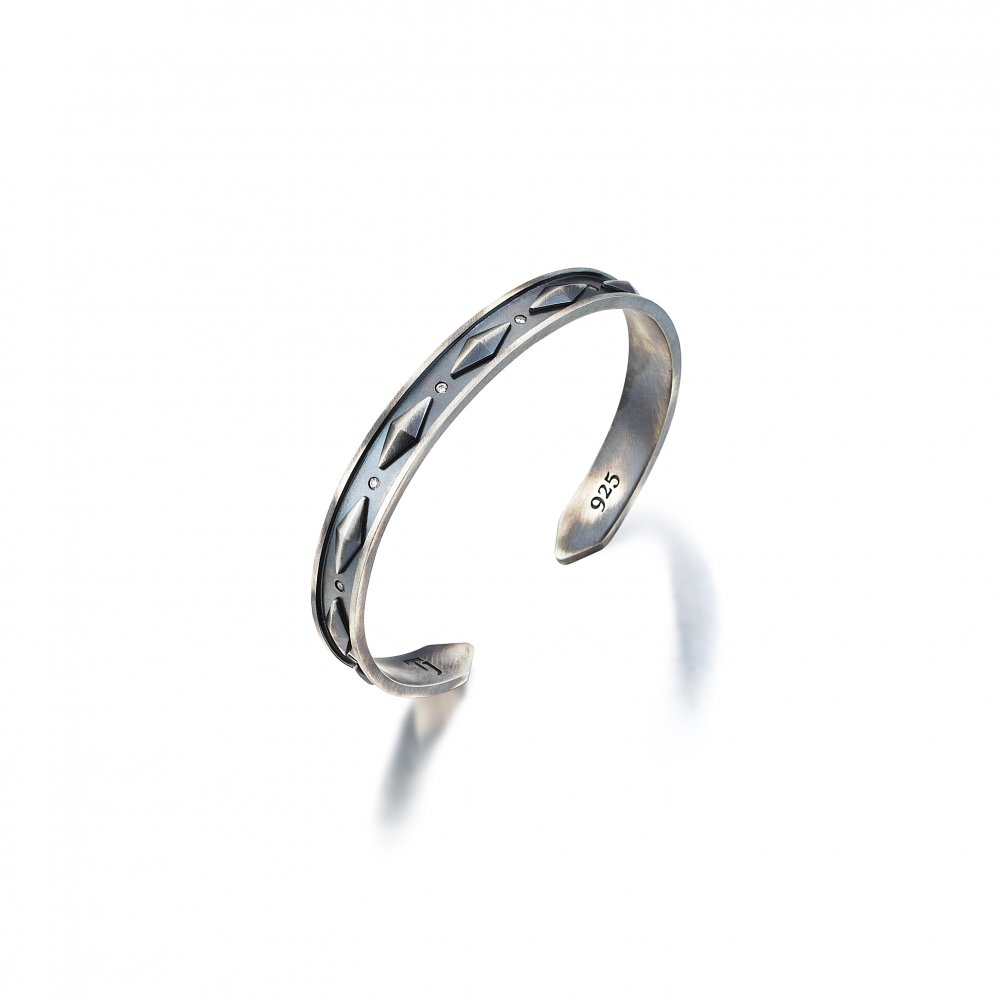 Oxidised Silver Cubic Snake Cuff with Diamonds - 9,00mm